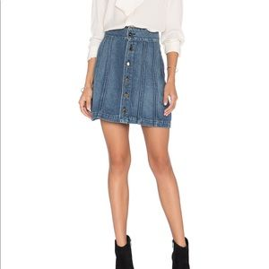 Frame le panel denim mini skirt Georgetown sz 26